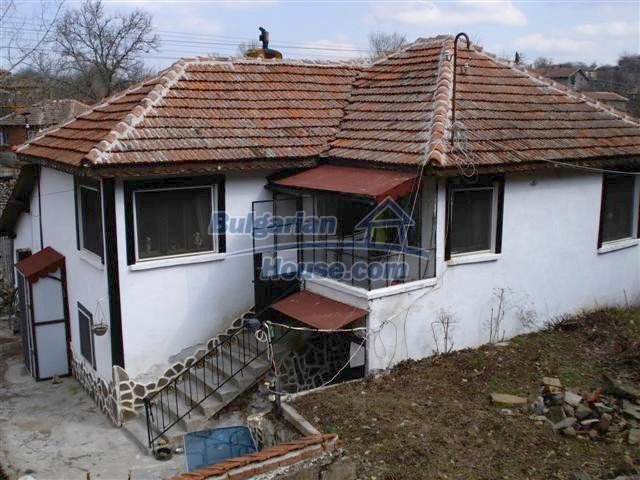 10314:3 - Renovated and furnished bulgarian house for sale near Elhovo