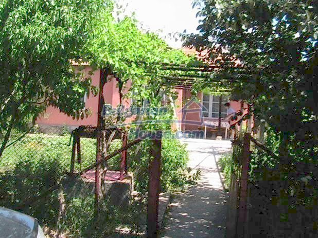 10329:2 - Very cheap house for sale in Bulgaria, near Dobrich