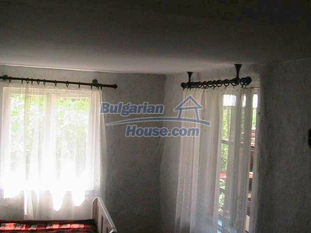 10329:10 - Very cheap house for sale in Bulgaria, near Dobrich