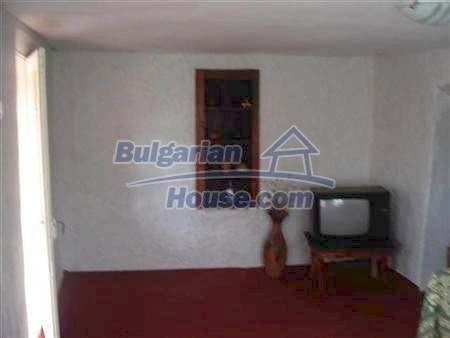 10329:12 - Very cheap house for sale in Bulgaria, near Dobrich