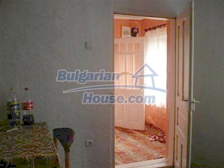 10329:15 - Very cheap house for sale in Bulgaria, near Dobrich