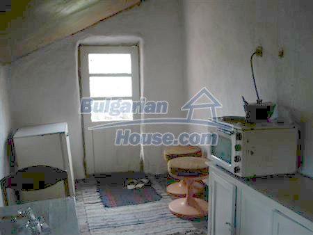 10329:16 - Very cheap house for sale in Bulgaria, near Dobrich