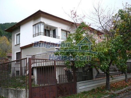 10336:5 - Bulgarian Property for sale near forest and dam lake