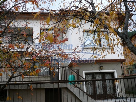 10336:6 - Bulgarian Property for sale near forest and dam lake