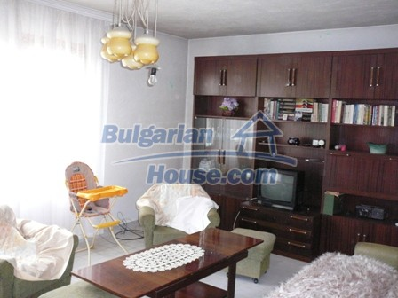 10336:9 - Bulgarian Property for sale near forest and dam lake