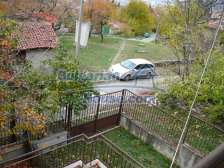 10336:17 - Bulgarian Property for sale near forest and dam lake