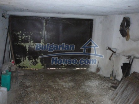 10336:31 - Bulgarian Property for sale near forest and dam lake