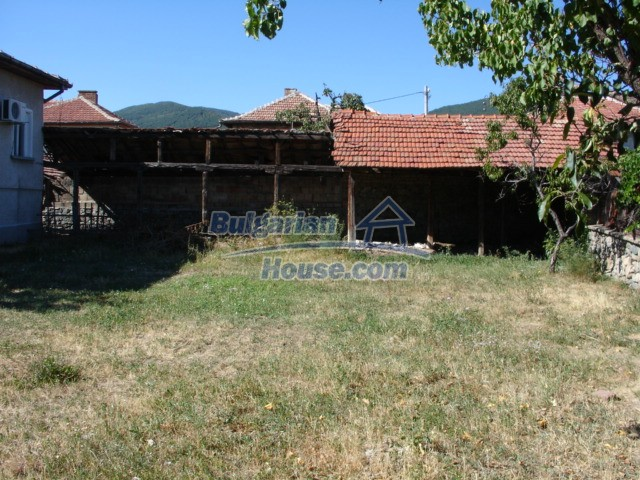 10342:24 - Cozy bulgarian house for rent in Stara Zagora region