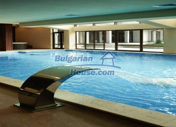 10349:18 - Luxurious one bedroom bulgarian apartment  in St. George Ski and