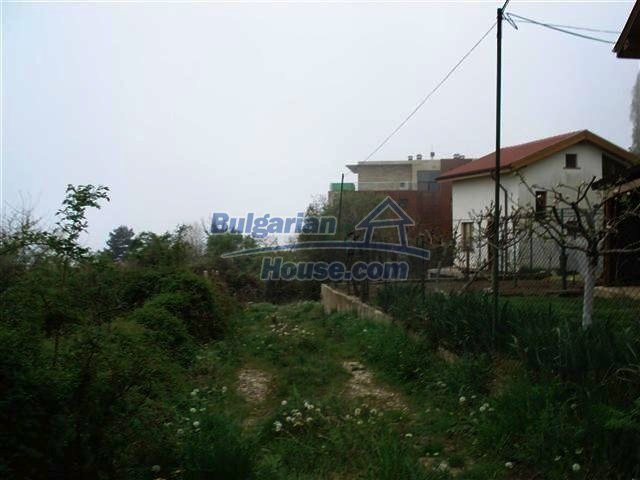 10354:3 - Property in the reach of a hand from the Black Sea coast