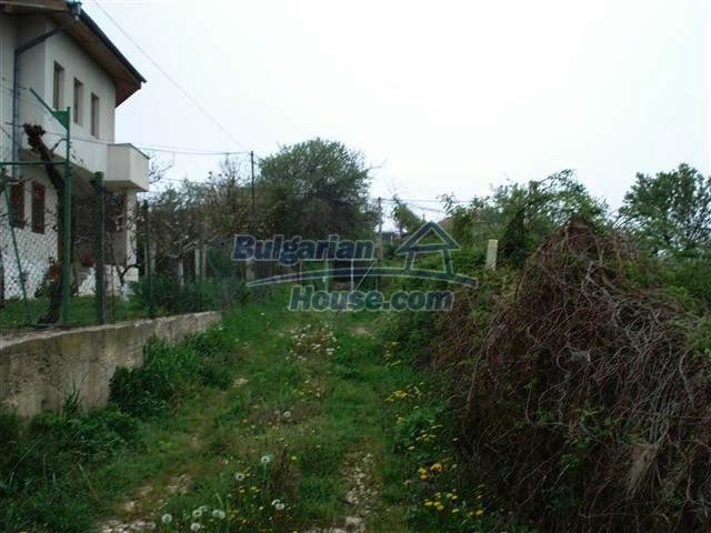 10354:5 - Property in the reach of a hand from the Black Sea coast