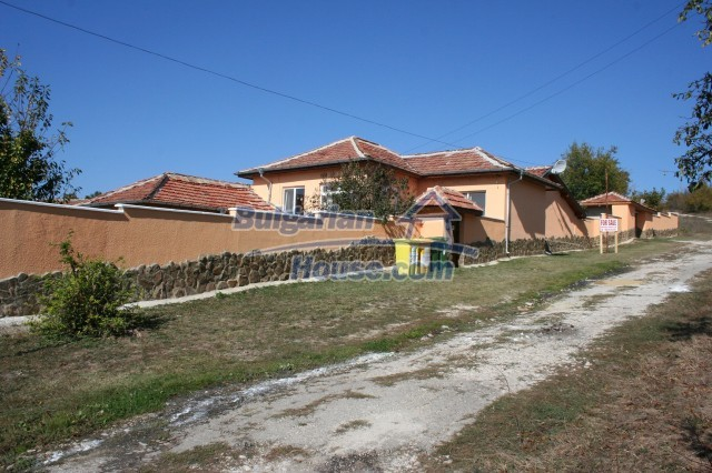 10360:4 - Luxurious holiday Bulgarian house with business opportunity