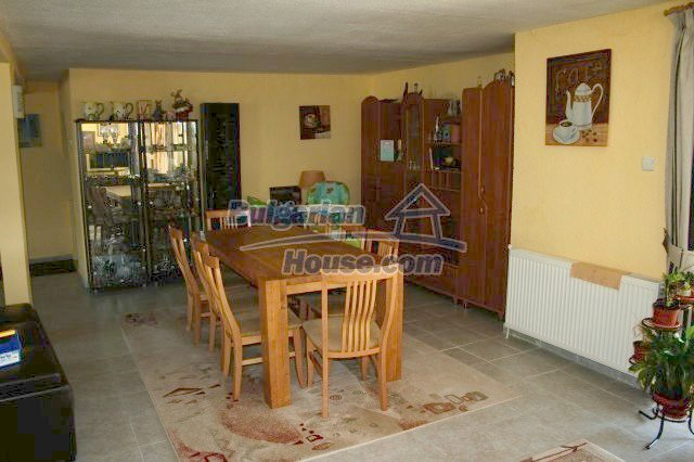 10360:16 - Luxurious holiday Bulgarian house with business opportunity