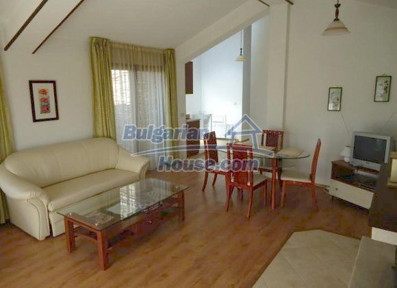 10377:2 - Fantastic furnished Bulgarian property in Bansko