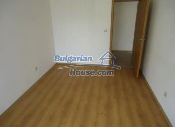 10385:6 - New Bulgarian property at great price in ski resort Bansko
