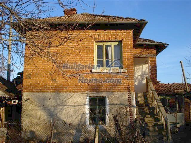 10390:2 - Extremely cheap Bulgarian house only few km away from Elhovo