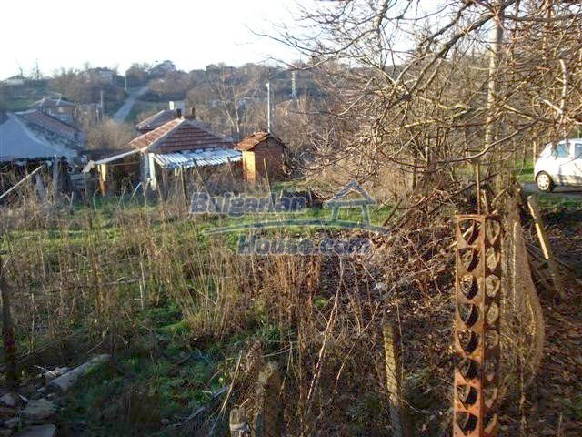 10390:4 - Extremely cheap Bulgarian house only few km away from Elhovo