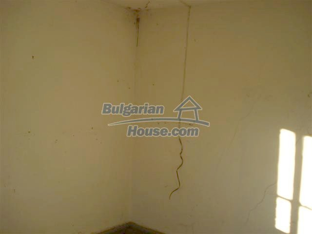 10390:12 - Extremely cheap Bulgarian house only few km away from Elhovo
