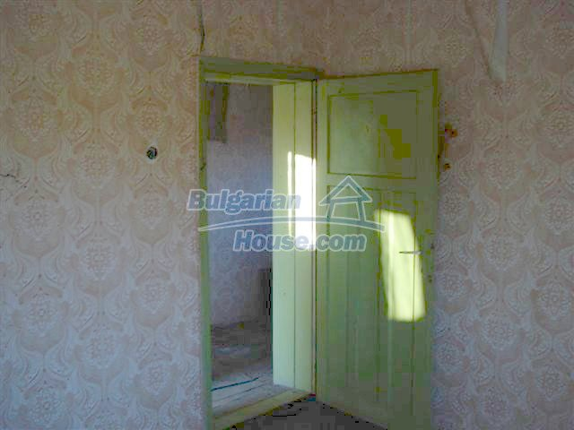 10390:15 - Extremely cheap Bulgarian house only few km away from Elhovo