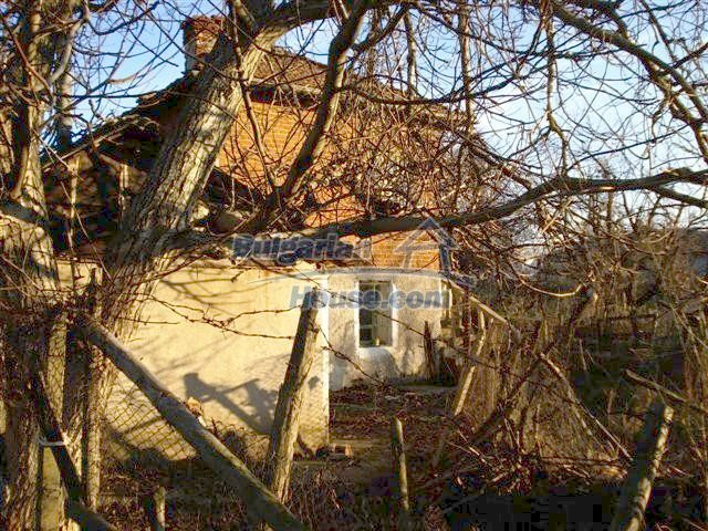 10390:18 - Extremely cheap Bulgarian house only few km away from Elhovo