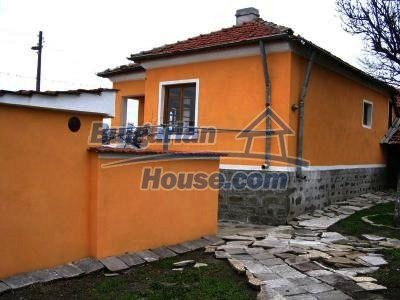 10396:4 - Rural Bulgarian house at the Black Sea