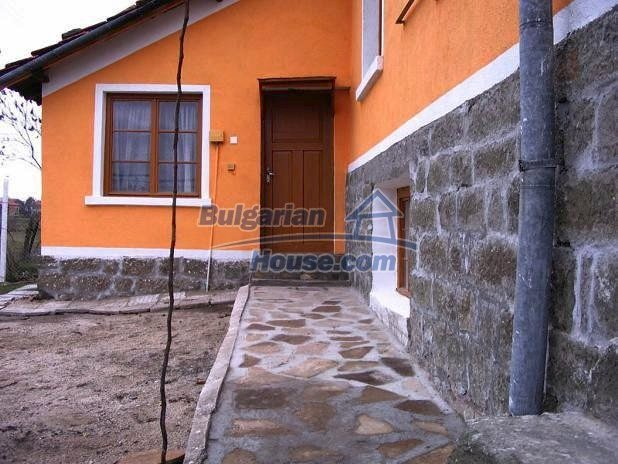 10396:5 - Rural Bulgarian house at the Black Sea
