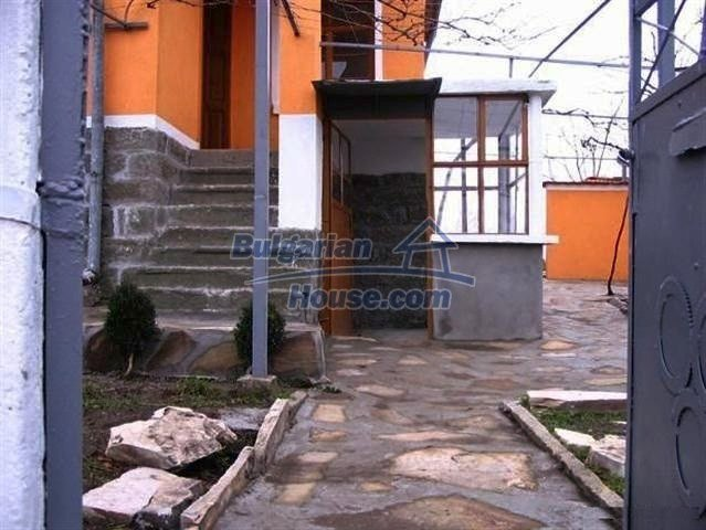 10396:6 - Rural Bulgarian house at the Black Sea