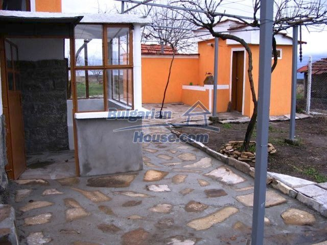 10396:10 - Rural Bulgarian house at the Black Sea