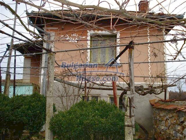 10404:2 - Nice countryside Bulgarian property