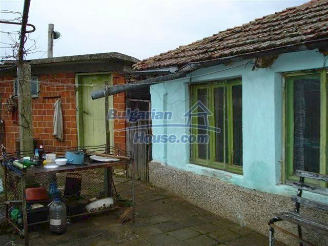 10404:17 - Nice countryside Bulgarian property