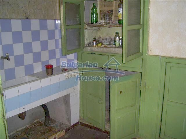 10405:6 - Great countryside 2-storey Bulgarian house