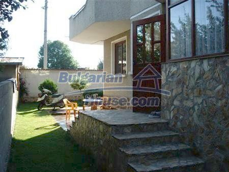 10411:16 - Really attractive Bulgarian house