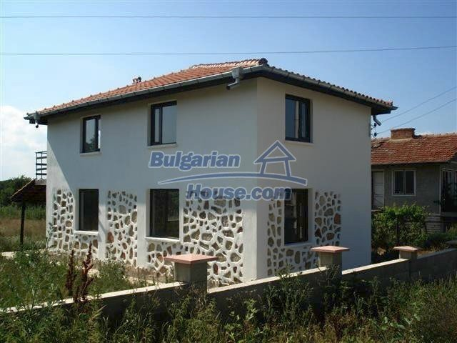 Houses for sale near Dobrich - 10418