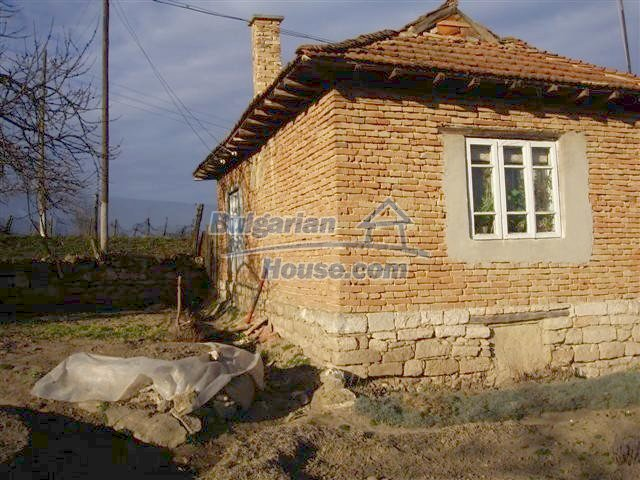 10419:3 - Nice and cozy Bulgarian house