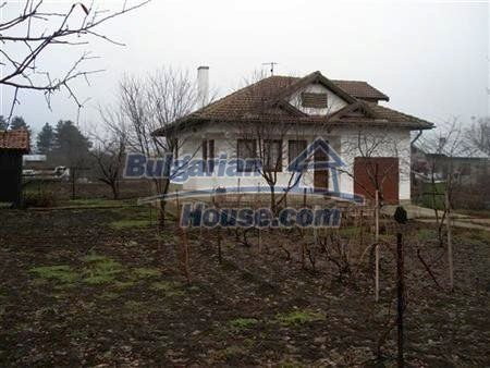 10422:13 - Bulgarian style house near the Black Sea