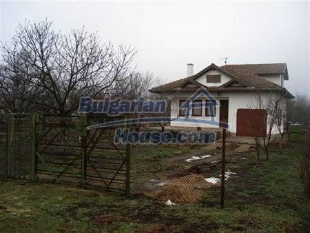 10422:16 - Bulgarian style house near the Black Sea