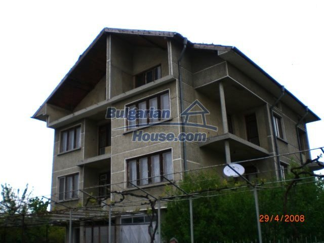 Houses for sale near Dobrich - 10427