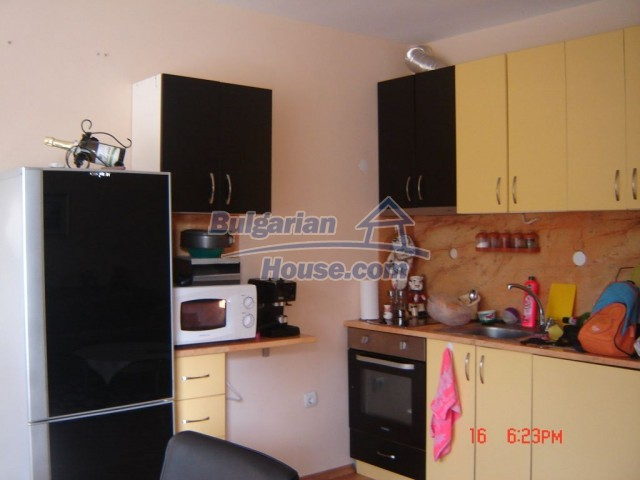 10430:1 - Two bedroom bulgarian apartment near the sea in Burgas