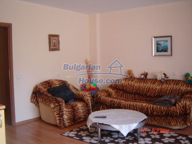 10430:2 - Two bedroom bulgarian apartment near the sea in Burgas