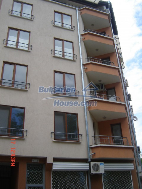 10430:13 - Two bedroom bulgarian apartment near the sea in Burgas