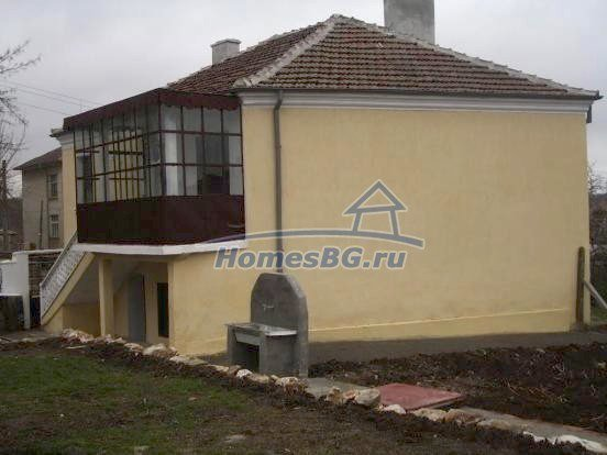 10432:6 - House For Sale Near Elhovo