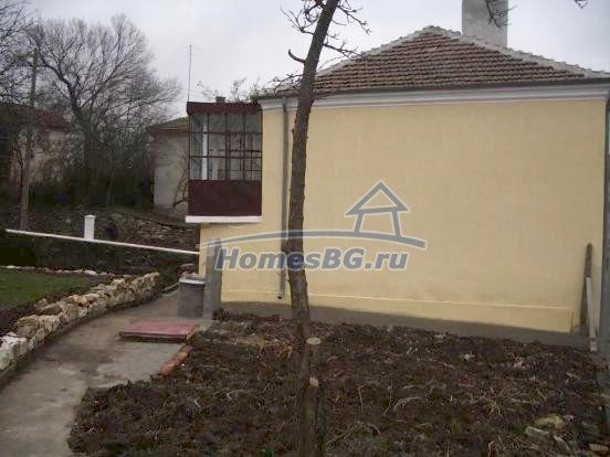 10432:7 - House For Sale Near Elhovo