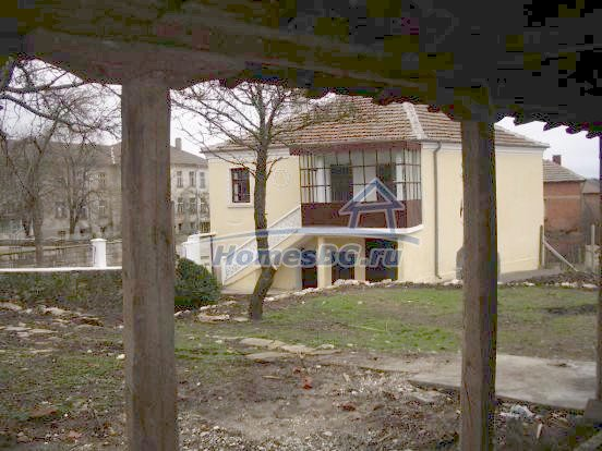 10432:10 - House For Sale Near Elhovo