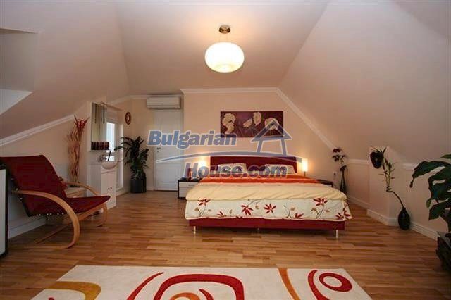 10438:11 - LUXURY ,furnished two bedroom bulgarian apartment in Lazur-Burga