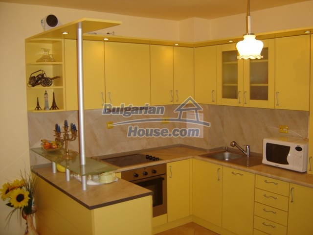 10444:3 - Furnished Bulgarian property for sale at the center of Burgas