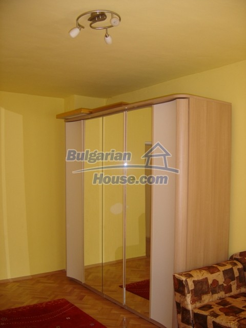 10444:12 - Furnished Bulgarian property for sale at the center of Burgas