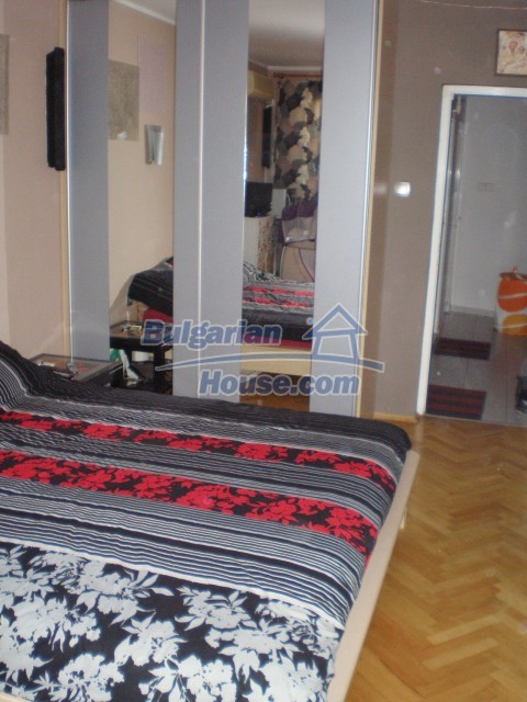10445:4 - Apartment near the sea in Burgas city