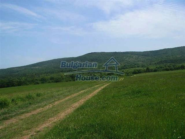 10451:2 - Development bulgarian land suitable for building near Burgas and
