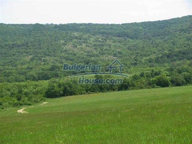 10451:3 - Development bulgarian land suitable for building near Burgas and