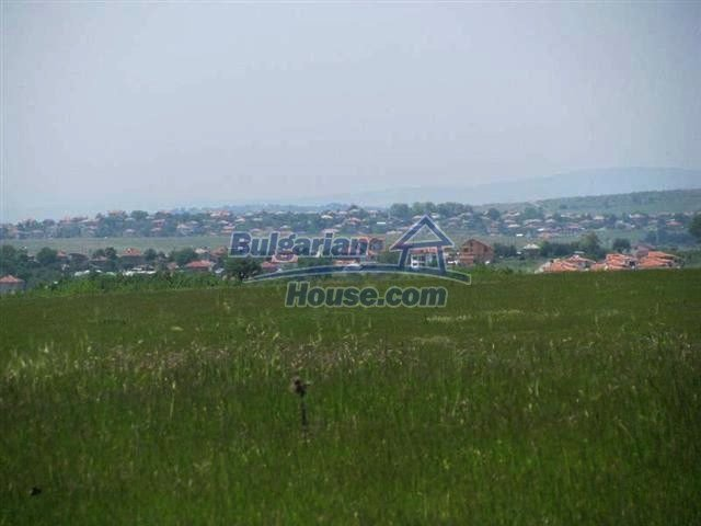 10451:11 - Development bulgarian land suitable for building near Burgas and